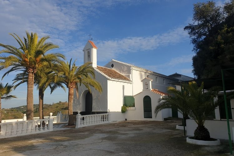Vegan-BB-Finca-Pereila-Ermita-Nuestra-Senora-de-Fuensanta